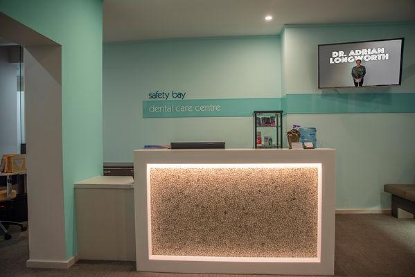 reception of safety bay dental care centre byhttps://niceguyandphotographer.com/