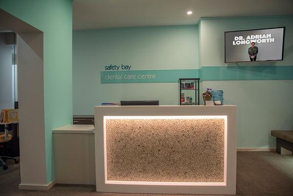 reception of safety bay dental care centre byhttps://niceguyandphotographer.com/