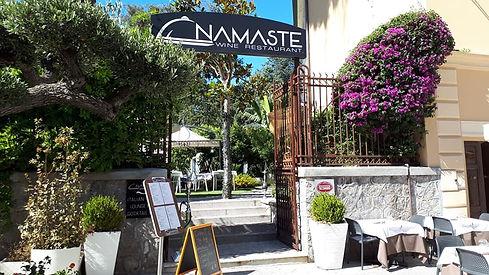 Entrata giardino del Namaste