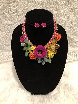 Chunky Chain Floral Necklace (Multi-Color)