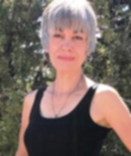 Bio Photo of Carrie Golias.jpeg