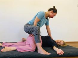 Thai Yoga Massage Simple Twist