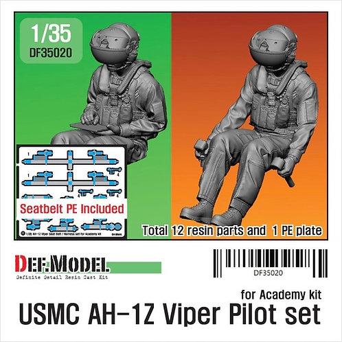 Пилоты вертолета USMC AH-1Z Viper (Academy 12127) - Def.Model 1:35 DF35020
