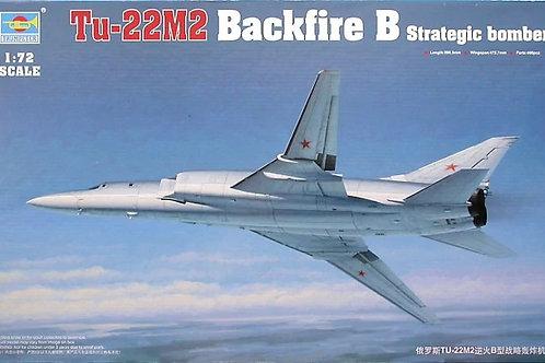 Советский бомбардировщик Ту-22М2, Backfire B - Trumpeter 1:72 01655