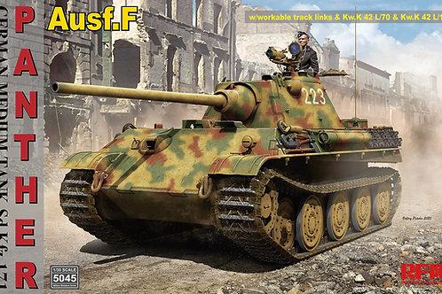(предзаказ) Panther Ausf. F с ПНВ и рабочими траками, 2в1 - RFM RM-5045 1/35