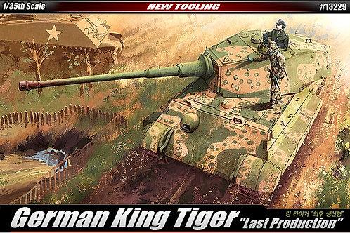 Королевский Тигр с башней Хеншеля, поздняя серия - Academy 132291:35