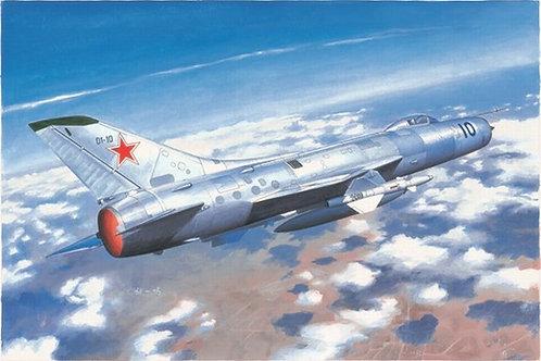 Советский истребитель Су-11 Сухой (Su-11 Fishpot) Trumpeter 1:48 02898