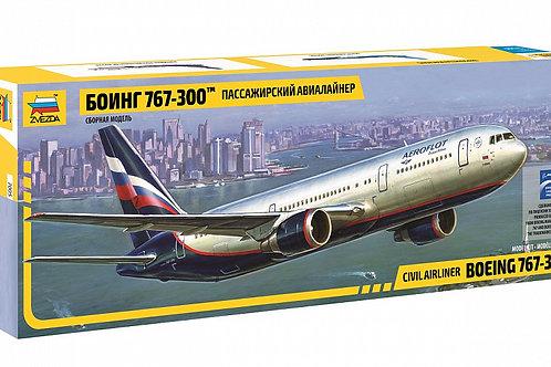 Пассажирский авиалайнер Боинг 767-300 - Звезда 7005 1/144