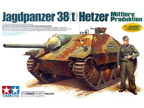 35285 Tamiya 1/35 Hetzer Mid Production + 1 фигурка