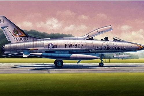 Супер Сейбр F-100F Super Sabre - Trumpeter 1:48 02840