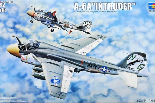 Самолет Grumman A-6A Intruder - Trumpeter 1:32 02249 - под заказ
