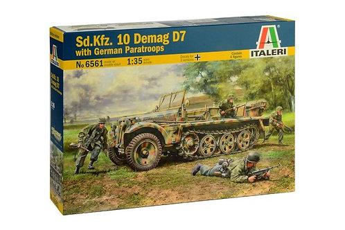 Sd.Kfz.10 Demag D7 with German Paratroopers - Italeri 1:35 6561