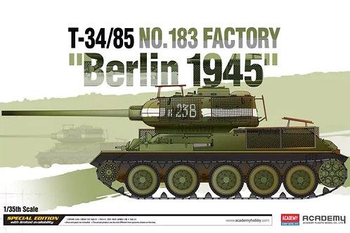 Танк Т-34/85, завод №183, Битва за Берлин 1945 - Academy 13295 1:35