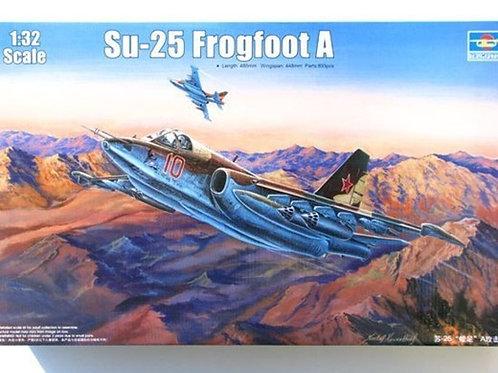 Советский самолет Су-25 Frogfoot A - Trumpeter 1:32 02276