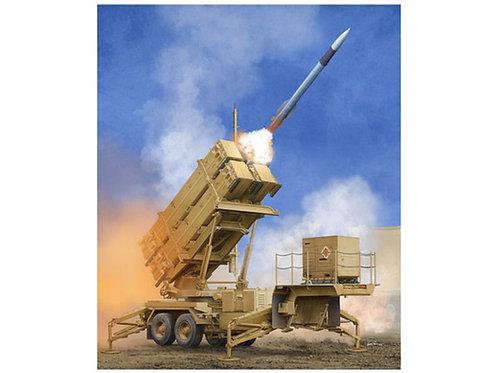 ЗРК MIM-104F Пэтриот - ракетная установка M901 - Trumpeter 1:35 01040