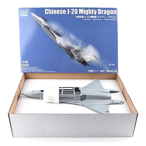 (под заказ) Chinese J-20 Mighty Dragon - Trumpeter 1:48 05811