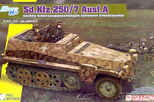 (под заказ) БТР Sd.Kfz.250/7 Alte с минометом и интерьером - Dragon 68581:35