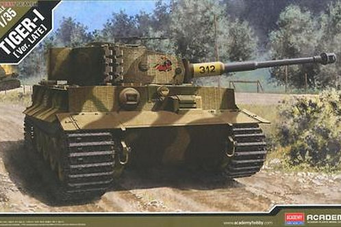 GermanTiger I(late version)танк Тигр позднего выпуска - Academy 1:3513314