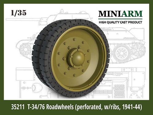 MINIARM 35212 Опорный каток Т-34/76 с перфорацией обр. 1942-1944 годов 1:35