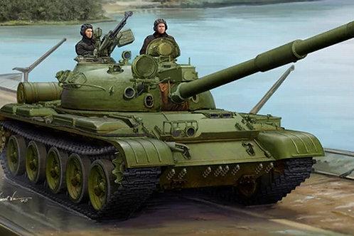 Советский танк Т-62 мод. 1972 года + дальномер КТД-2 - Trumpeter 1:35 01552