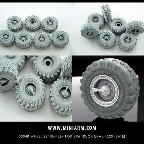 MINIARM B35048 1/35 Колеса ИД-П284 для Урал-4320 (6 шт + запаска), поздний