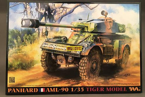 (под заказ) Panhard AML 90 с интерьером - Tiger Model 4635 1/35