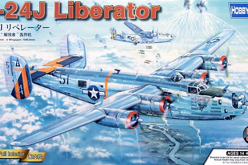 Самолет B-24J Liberator с интерьером - Hobby Boss 83211 1/32