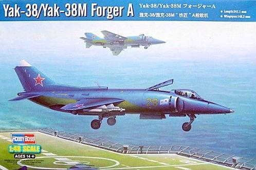 Советский самолет Як-38 / Як-38М - Hobby Boss 1:48 80362