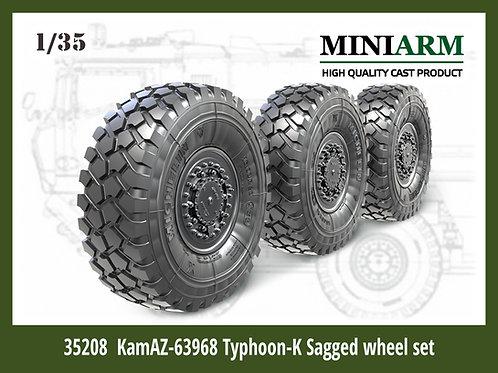MINIARM 35208 1/35 КамАЗ-63968 Тайфун-К набор колес под нагрузкой (6 шт)