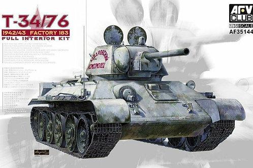 Советский танк Т-34/76, 1942/43, завод №183, полный интерьер - AFV Club AF35144