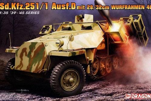Sd.Kfz.251 Ausf.D with 28/32cm Wurfrahmen 40 (2 in 1) - Dragon 1:35 6861