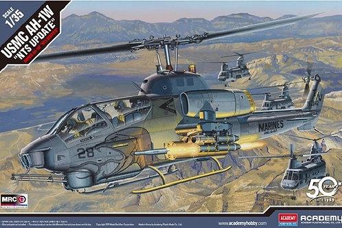 """Американский вертолет USMC AH-1W """"NTS Update"""" - Academy 1:35 12116"""