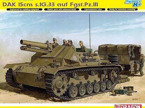 DAK 15cm s.IG.33 auf Fahrgestell Pz.Kpfw.III (Sf) - Dragon 6904 1:35