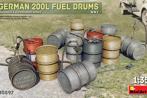 35597 MiniArt 1/35 Немецкие 200-литровые бочки для горючего, 2МВ