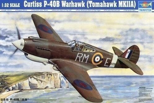 (под заказ) Самолет Curtiss P-40B Warhawk (Tomahawk MKIIA) Trumpeter 02228 1:32