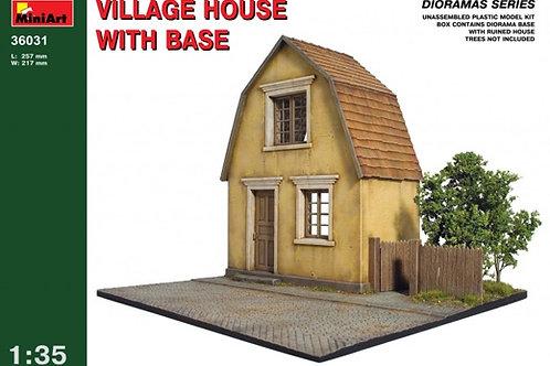 36031 MiniArt 1/35 Деревенский дом с основанием - набор для диорамы