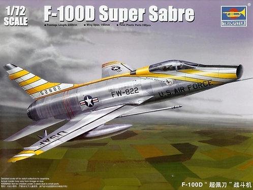 Супер Сейбр F-100D Super Sabre - Trumpeter 1:72 01649