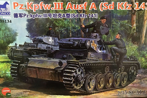 Танк Pz.Kpfw. III Ausf. A (Sd Kfz 141) - Bronco CB351341:35