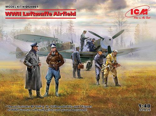 ICM DS4801 1:48 Аэродром Люфтваффе II МВ: Bf 109F-4 + Hs 126B + 7 фигурок
