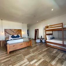Family Room - Cabin (7-9)