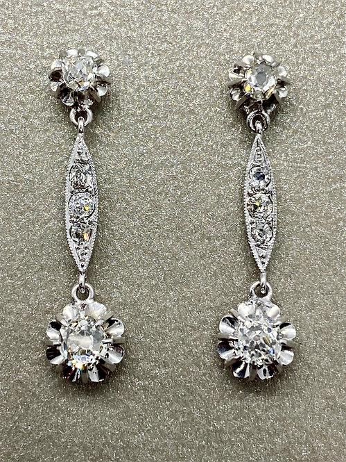 Boucles d'oreilles pendantes Art Déco en or et diamants