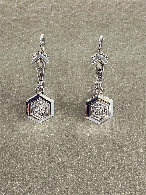 Boucles d'oreilles Art Déco en or platine et diamants