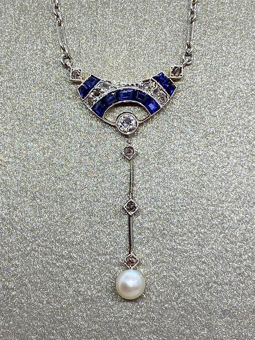 Collier pendentif Art Déco en or, platine, saphirs et diamants
