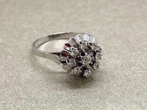 Bague fleur en platine et diamants