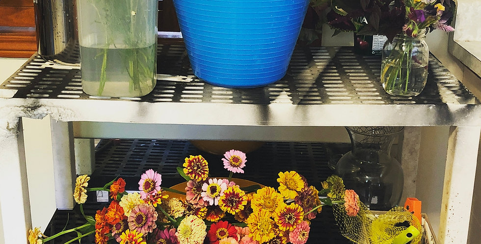 4 Seasonal Flower Buckets