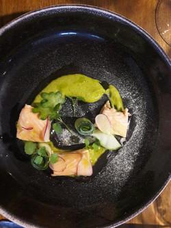 Saumon mi-cuite et sa verdure