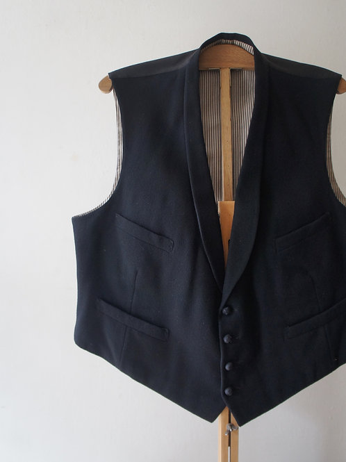 1930's French shawl collar gilet -A-