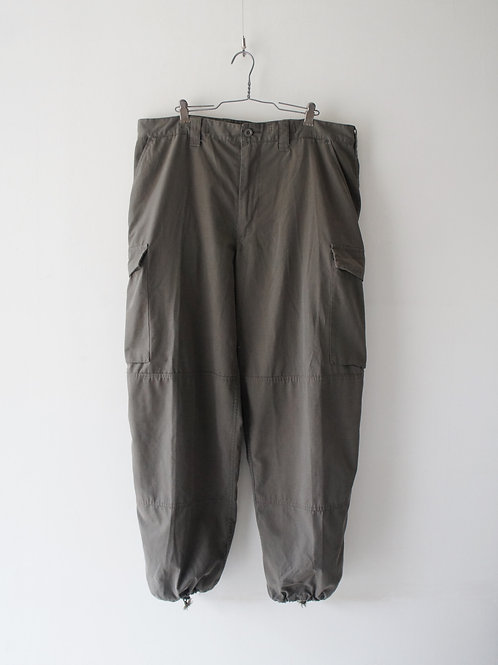 """2000's """"Austrian Army"""" Ripstop cargo pants -size 96-100-"""
