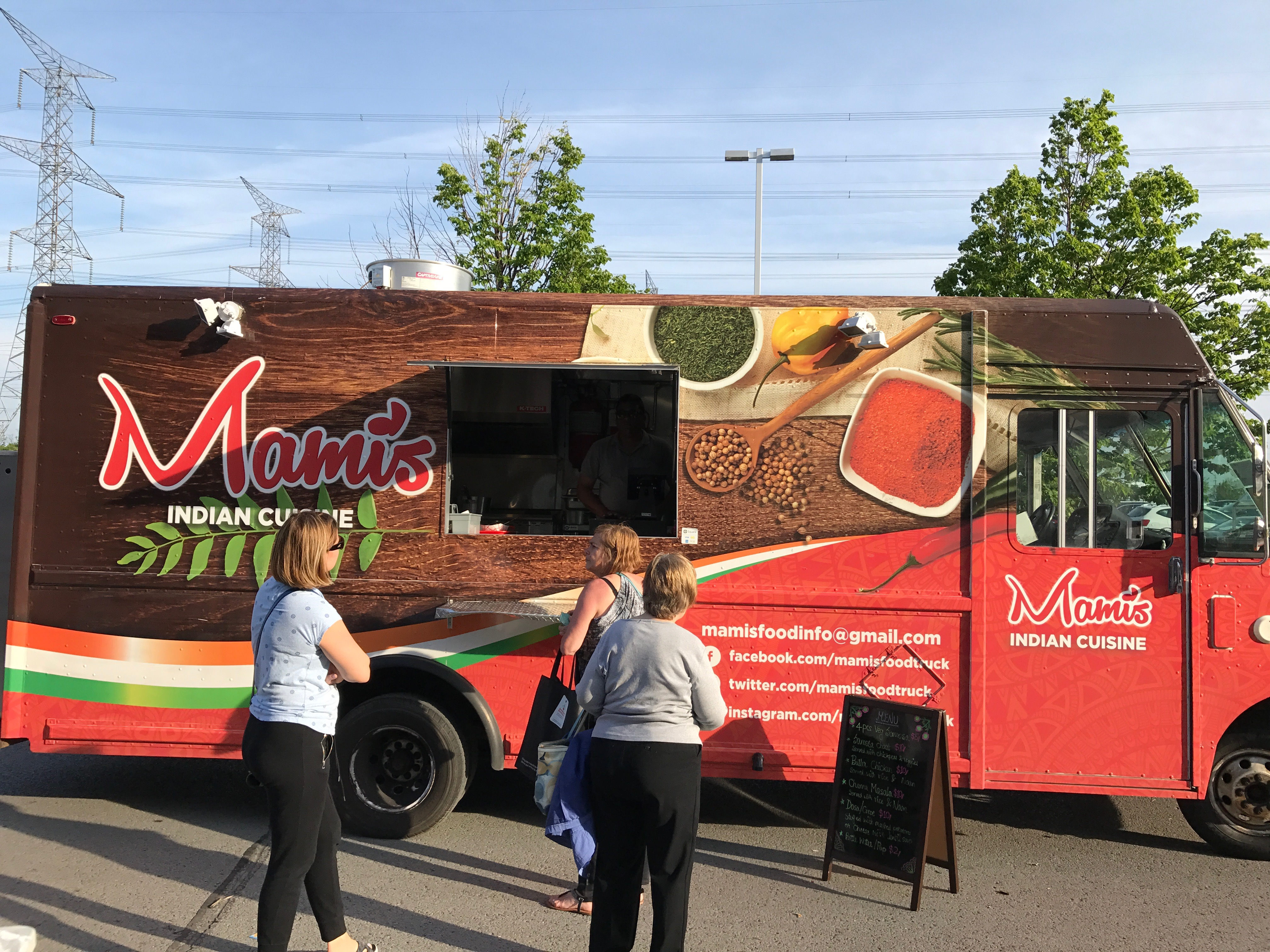 Mami's Indian Food Truck