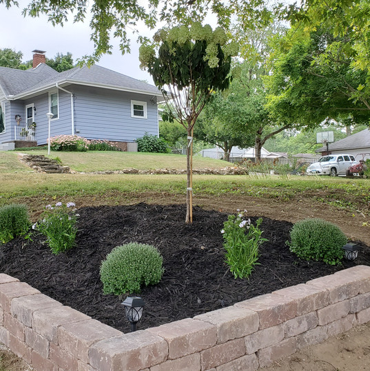 Bed Installation, Plant & Mulch Install